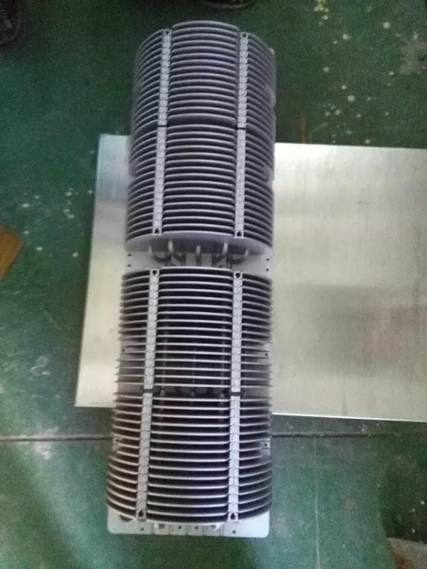 大型散熱器/鹽霧1400小時